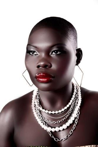 Red Lips pretty dark skin make up