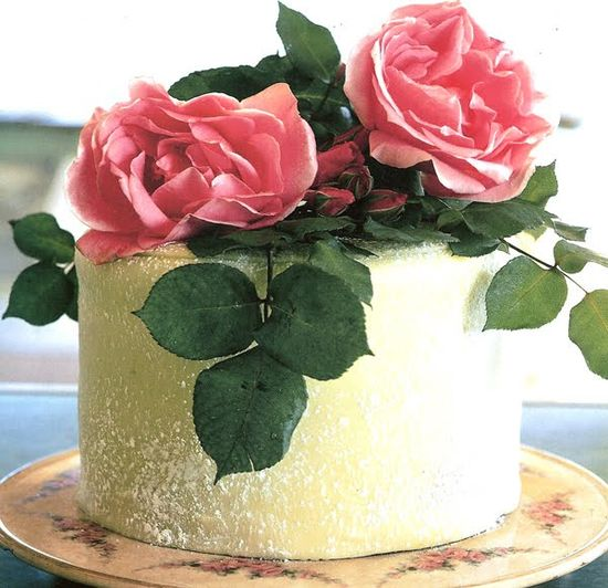 Perfection! Accented with glorious pink garden roses- Imagine 3 tiers or more like this.