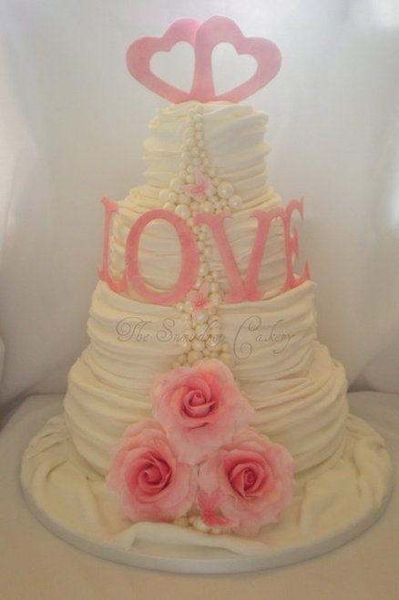 Vintage Love Wedding Cake- love this!!