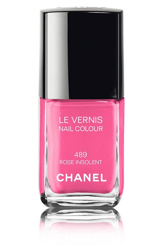 Chanel Nail Colour in Rose Insolent
