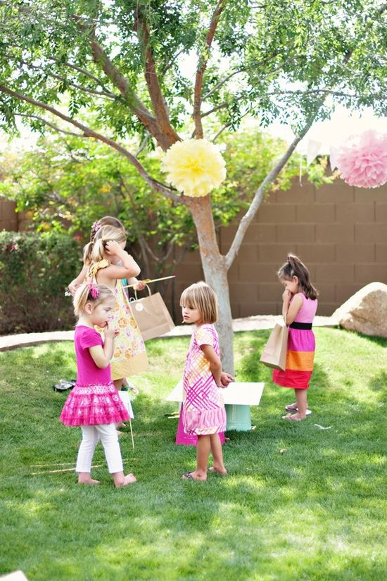sunny and sweet. pink and yellow pom poms are a must. repinning from last year's pinboard. still a must!