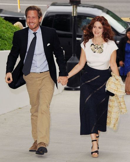 #DrewBarrymore and Will Kopelman announced their engagement in 2012. #celebrity #couples #cute