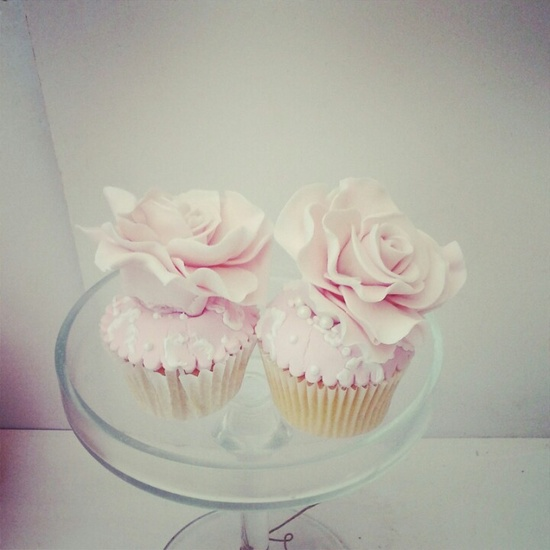 Swt creation. Rose cupcakes