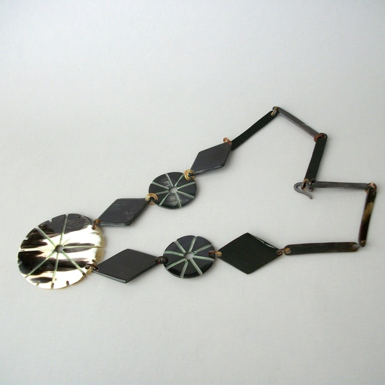 // art deco geometric horn necklace