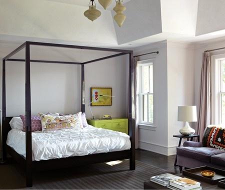 colorful bedroom  photo: virginia macdonald