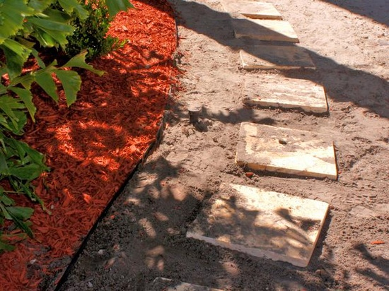 How to Build a Stone Pathway >> www.hgtv.com/...
