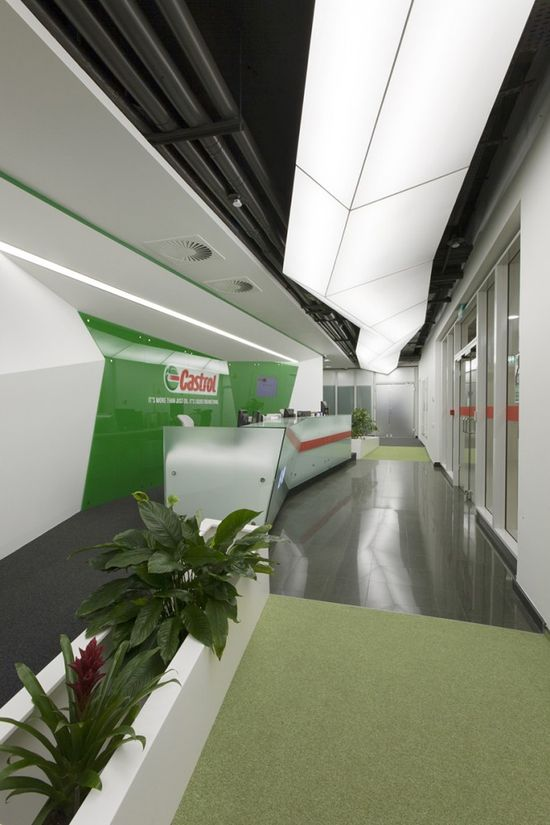 Castrol Office / Za Bor Architects