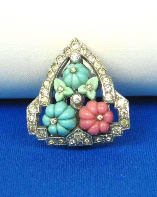 Vintage Trifari Glass Clip