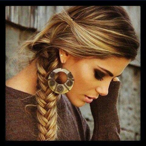 I really want to learn how to make a braid like this! #hair #style #color #trend #hairstyle #haircolor #colour #long #girl #women #trendy #colorful #natural #beautiful #braid