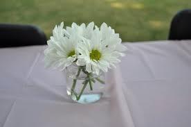 Daisy flower arrangement - simple