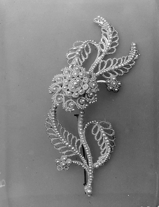 Brooch.1800–1900. Pearls, gold