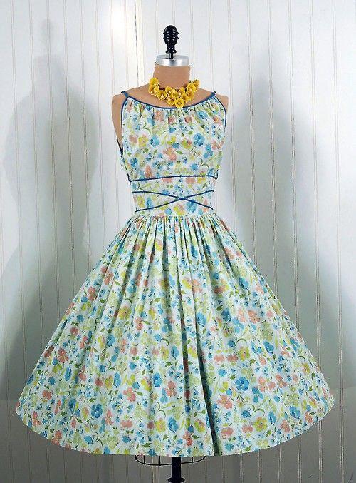 Happy 1950's dress