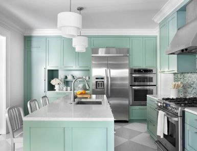 Mint green kitchen with stainless steel (not my style, but I'm surprised how well this works)