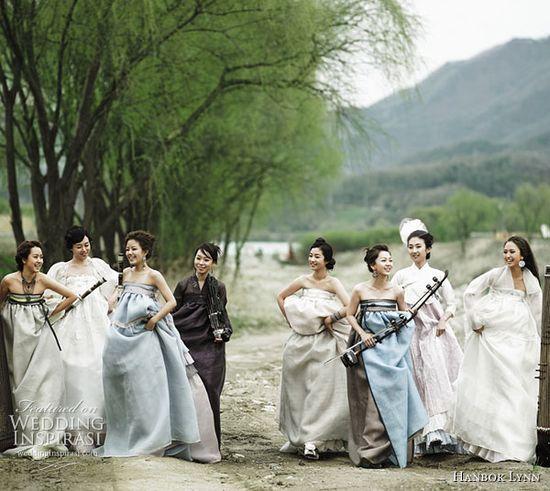 fusion hanboks. love.