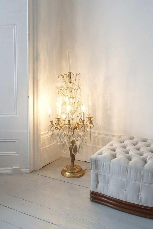 Antiques, wishbonesblog.com - ideasforho.me/... -  #home decor #design #home decor ideas #living room #bedroom #kitchen #bathroom #interior ideas
