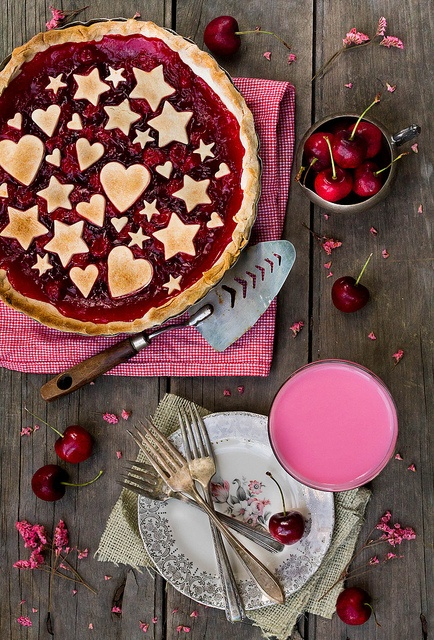 Quite possibly the most whimsically charming Cherry Pie ever! #pie #cherry #fruit #dessert #food #red #hears #stars #Valentines #pink #red
