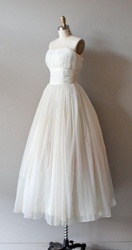 1950s chiffon wedding dress