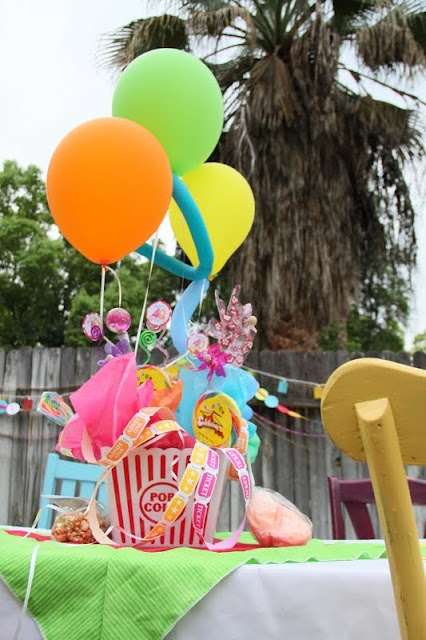 Carnival Party Centerpieces - balloons tissue paper popcorn boxes