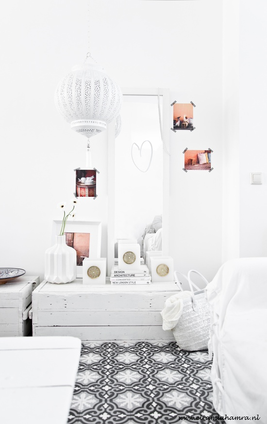 Love for white!  www.elramlahamra.nl