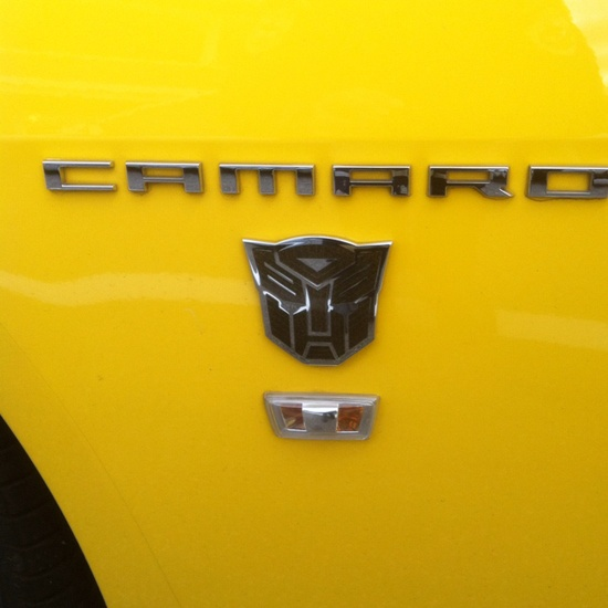 when i get my yellow camaro i will put a transformer plate on it!