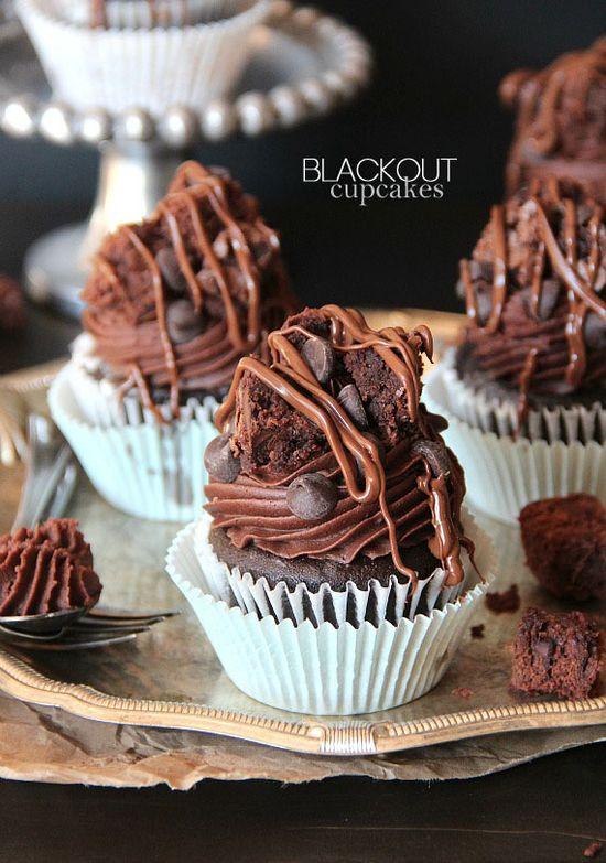Blackout Cupcakes