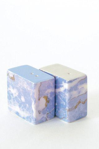 Handmade marbled Salt and Pepper Shakers - Blue World www.koromiko.com