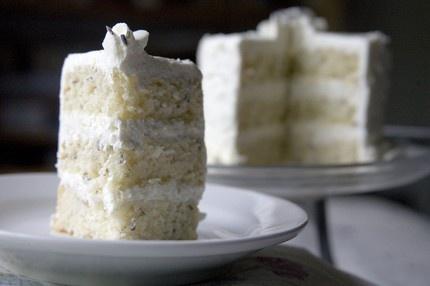 The Tiny Kitchen: organic lavender layer cake with light lemon icing, yum