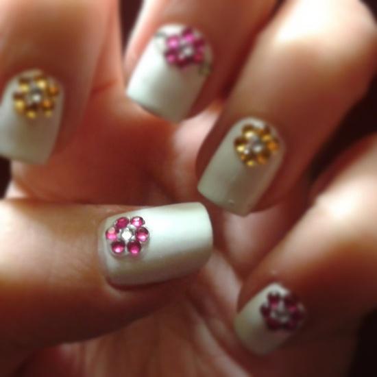 love this nail