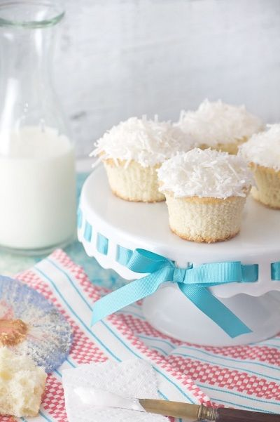 Coconut Cupcakes with Marshmallow Creme