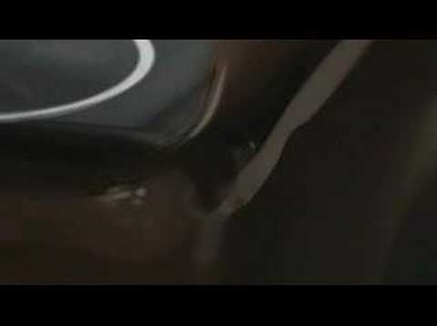 LG Chocolate phone commercial ad 2 (verizon)