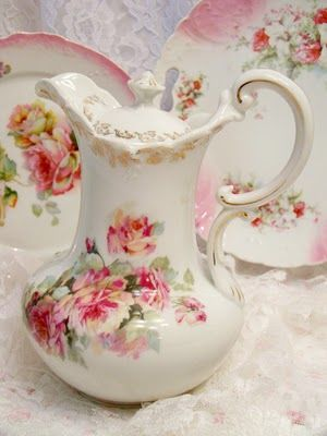 So very, very resplendently beautiful. #china #teapot #floral #shabby #chic #vintage #pink #feminine #girly #romantic #home #decor #kitchen