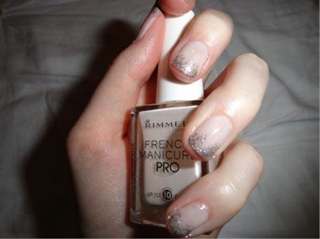 Sparkly Manicure