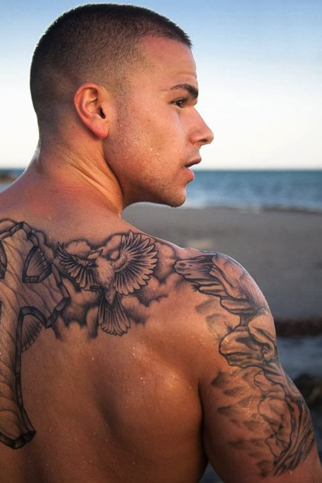 #inkedguys #inkedmag #tattoos Sexy Guy with Tattoos #tattoos #sexy #inked