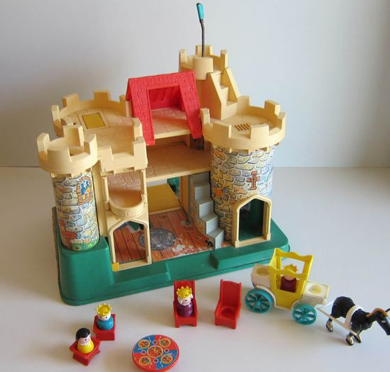 Fisher Price Castle Vitnage 70's toy with little by ThePantages, $140.00