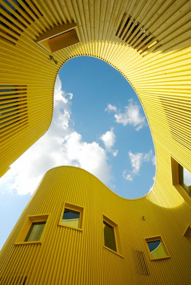 Free form architecture - like sunshine!