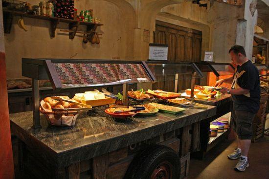 Restaurant Review - Tusker House breakfast; Donald Duck; Daisy Duck; Disney Animal Kingdom; Walt Disney World