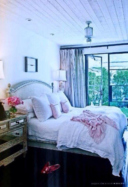 Shabby chic bedroom - ideasforho.me/... -  #home decor #design #home decor ideas #living room #bedroom #kitchen #bathroom #interior ideas