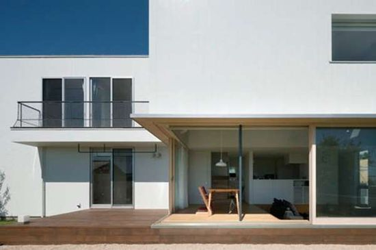 The Sliding Door House By Naoi Architecture & Design Office is Classic trendhunter.com