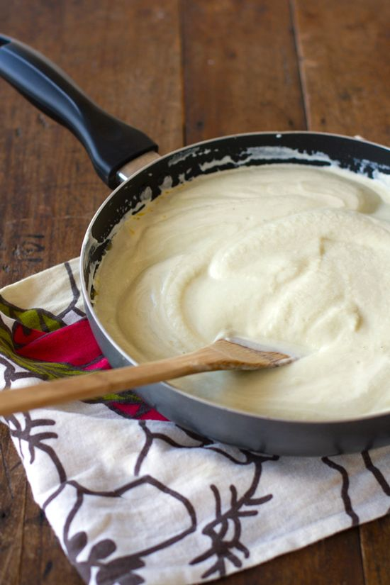 Healthy Alfredo sauce that uses mostly cauliflower and vegetable broth.