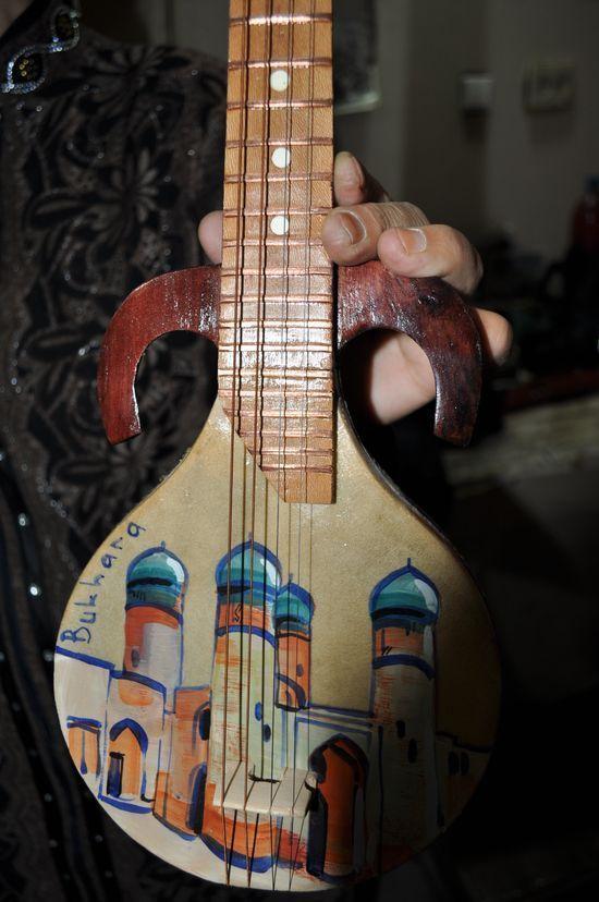 GlobeIn: #Handmade #Musical #Instruments from Around #handmade longboard