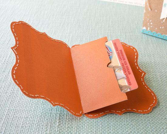 DIY gift card sleeve created with the Cricut® Artiste cartridge #CTMH
