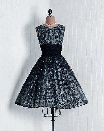 1950's Nipped Waist Party Dress - love it!