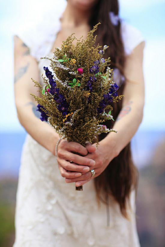 Organic Grand Canyon wedding  //  photo love stories