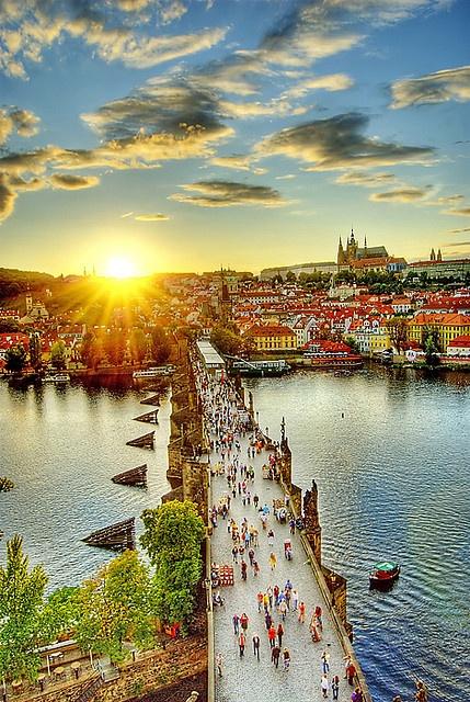 Charles Bridge and Prague Castle. Czech Republic
