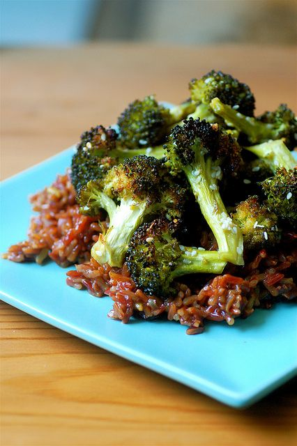 sweet baked broccoli - vegan #vegan #entree #recipe