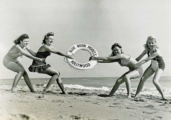 Just hanging out (and on) at the beach :) #vintage #1940s #forties #beach #women #models #swimsuit