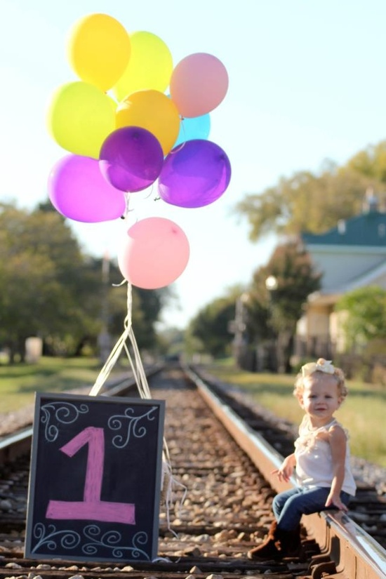1st Birthday Photo @Heather Creswell Dawe Photography on Facebook