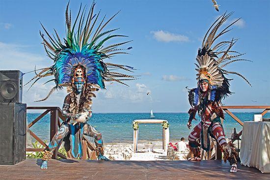 Fun beach wedding idea