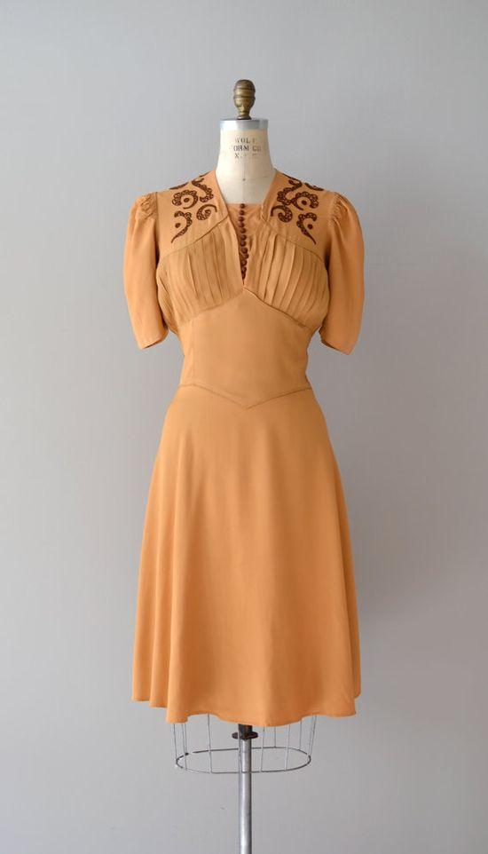 vintage 1930s Butterscotch Ganache dress    #1930s #vintagedress