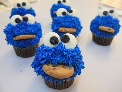 Cookie Monster Cupcakes